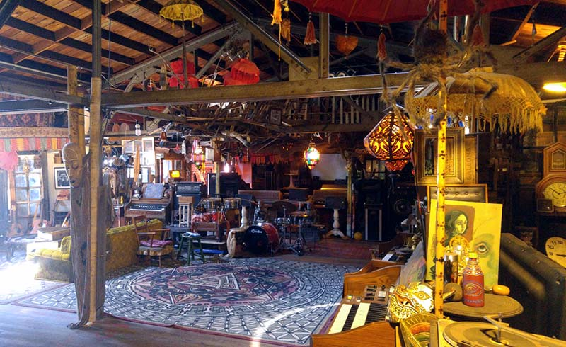 While many drew inspiration from the Ghost Ship collective, photos like this one show that it was a serious fire hazard.